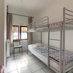 Brussel Hello Hostel Стандартный номер с 2 отдельными кроватями (общая ванная комната) фото 2