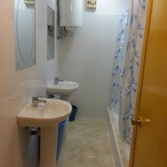 Отель Hostal Casa De Huéspedes San Fernando - Adults Only Стандартный номер с различными типами кроватей фото 17