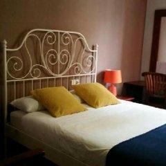 Отель Hostal LK Стандартный номер с двуспальной кроватью фото 13