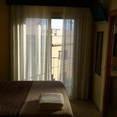 Отель Hostal Sant Sadurní Стандартный номер с двуспальной кроватью фото 8