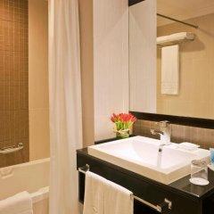 Отель Towers Rotana Классический номер с различными типами кроватей фото 5