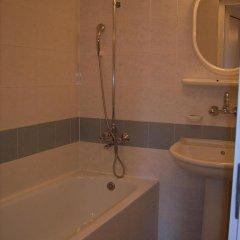 ADIS Holiday Inn Hotel ванная