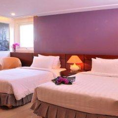 White Lotus Hotel 3* Улучшенный номер с различными типами кроватей фото 4