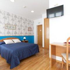 Отель Hostal Montaloya Стандартный номер с различными типами кроватей фото 3