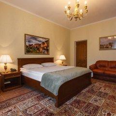 Гостиница Усадьба 4* Классический семейный номер с различными типами кроватей фото 13