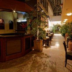 Отель Enjoy Inn Пльзень гостиничный бар