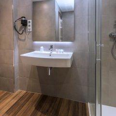 Отель Hostal Operaramblas ванная фото 2