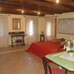 Отель B&B Ca' Lauro Италия, Региональный парк Colli Euganei - отзывы, цены и фото номеров - забронировать отель B&B Ca' Lauro онлайн комната для гостей фото 2