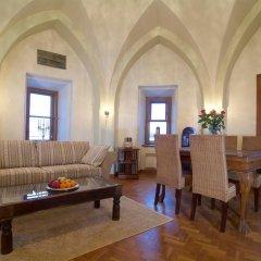 Отель Rapunzel Tower Apartment Эстония, Таллин - отзывы, цены и фото номеров - забронировать отель Rapunzel Tower Apartment онлайн комната для гостей фото 3