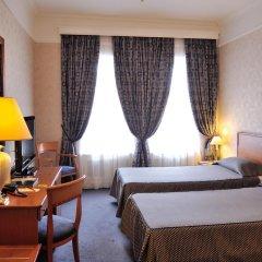 Гранд Отель Украина 5* Стандартный номер с двуспальной кроватью фото 4