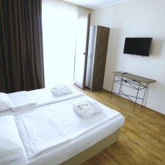 Hotel Homey Kobuleti 3* Стандартный семейный номер с двуспальной кроватью фото 11