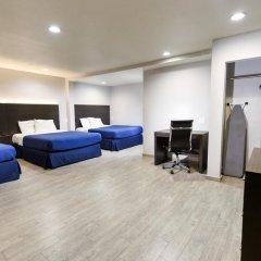 Отель Hollywood Inn Express LAX 2* Стандартный номер с различными типами кроватей фото 12
