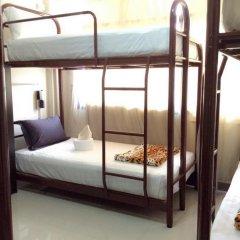 Naturbliss Bangkok Transit Hotel 3* Кровать в общем номере