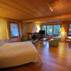 Отель Boutique Hotel Alpenrose Швейцария, Шёнрид - отзывы, цены и фото номеров - забронировать отель Boutique Hotel Alpenrose онлайн комната для гостей фото 3