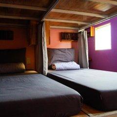 Gaia Hostel Кровать в женском общем номере