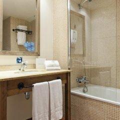 Отель PortAventura Hotel El Paso - Theme Park Tickets Included Испания, Салоу - 12 отзывов об отеле, цены и фото номеров - забронировать отель PortAventura Hotel El Paso - Theme Park Tickets Included онлайн ванная