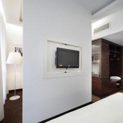Отель UNAHOTELS Cusani Milano 4* Люкс с различными типами кроватей фото 3