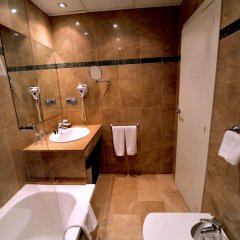 Hotel Glories 3* Стандартный номер с разными типами кроватей фото 17