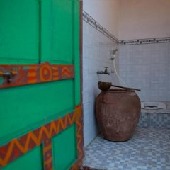 Отель INRA Champa Homestay ванная фото 2