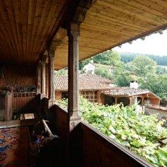 Отель Zheravna Ecohouse Болгария, Сливен - отзывы, цены и фото номеров - забронировать отель Zheravna Ecohouse онлайн балкон