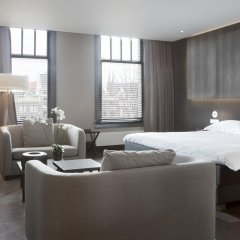 Отель The Dylan Amsterdam Стандартный номер с различными типами кроватей