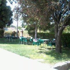 Отель Hostal Linares