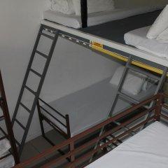Отель Restup London Кровать в общем номере фото 22