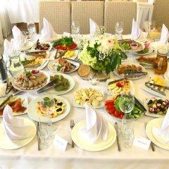 Гостиница София Отель Украина, Ровно - отзывы, цены и фото номеров - забронировать гостиницу София Отель онлайн питание