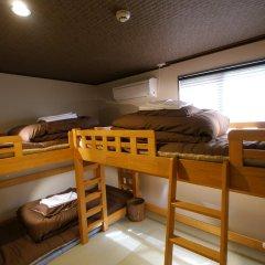 Fukuoka Hana Hostel Кровать в мужском общем номере фото 2