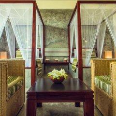 Отель Amba Ayurveda Boutique Hotel Шри-Ланка, Пляж Golden Mile - отзывы, цены и фото номеров - забронировать отель Amba Ayurveda Boutique Hotel онлайн интерьер отеля фото 2