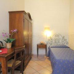 Hotel Bavaria Стандартный номер с двуспальной кроватью (общая ванная комната) фото 4