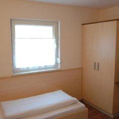Отель Pension Weber Австрия, Вена - отзывы, цены и фото номеров - забронировать отель Pension Weber онлайн комната для гостей фото 2