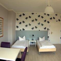 Отель Apartcity-Serviced Apartments Германия, Берлин - 1 отзыв об отеле, цены и фото номеров - забронировать отель Apartcity-Serviced Apartments онлайн комната для гостей фото 5