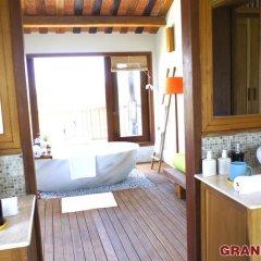 Отель Hoi An Chic 3* Люкс Премиум с различными типами кроватей фото 13