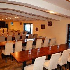 Отель Forest Nook Aparthotel Болгария, Пампорово - отзывы, цены и фото номеров - забронировать отель Forest Nook Aparthotel онлайн помещение для мероприятий