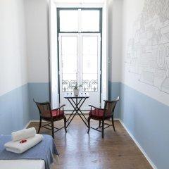 Отель Lisbon Check-In Guesthouse 3* Стандартный номер с различными типами кроватей фото 3