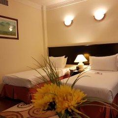 Отель Al Jawhara Metro Дубай в номере
