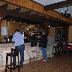 Отель Lincetur Cabañeros - Centro de Turismo Rural Испания, Сан-Мартин-де-Монтальбан - отзывы, цены и фото номеров - забронировать отель Lincetur Cabañeros - Centro de Turismo Rural онлайн гостиничный бар