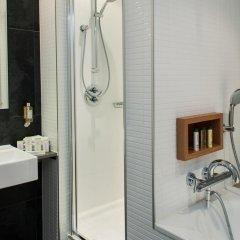 DoubleTree by Hilton Hotel Amsterdam Centraal Station ванная фото 2