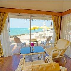 Отель Sunset Village Beach Resort балкон