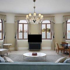 Отель San Clemente Palace Kempinski Venice 5* Люкс повышенной комфортности с различными типами кроватей фото 3