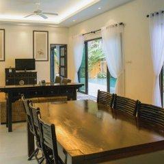 Отель Two Villas Holiday Oriental Style Layan Beach 4* Вилла с различными типами кроватей фото 25