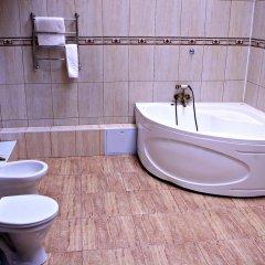 Гостиница Магеллан Хаус в Боре 1 отзыв об отеле, цены и фото номеров - забронировать гостиницу Магеллан Хаус онлайн Бор ванная фото 2
