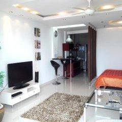 Апартаменты Studio Veiwtalay 7 Паттайя комната для гостей фото 2
