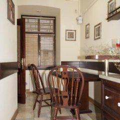 Гостиница Aparts Bilya Plocshi Rynok Апартаменты с разными типами кроватей фото 13