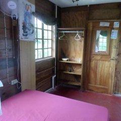 Отель La Familia Resort and Restaurant 3* Стандартный номер с двуспальной кроватью (общая ванная комната) фото 8