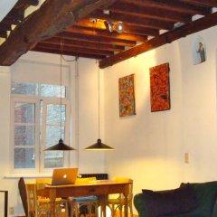 Отель De Witte Leirsse 1557 гостиничный бар