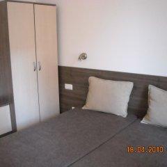 Отель Apartamenti Zhelezovi Поморие комната для гостей фото 2