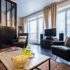 Отель Bastille Family - AC - Wifi Франция, Париж - отзывы, цены и фото номеров - забронировать отель Bastille Family - AC - Wifi онлайн комната для гостей фото 4