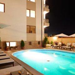 Отель Stanny Court ApartHotel бассейн фото 2